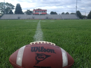 The field is ready for the 7 o'clock kickoff!